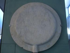 Clipeus_virtutis_-_Augusto_-_Arles